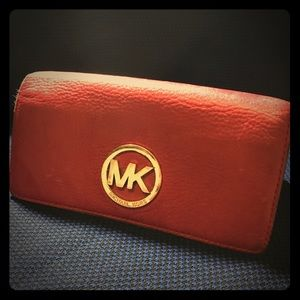 Preowned Michael Kors leather wallet - red